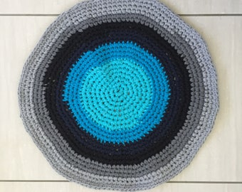 Blue, grey crochet rug from recycled T-shirts