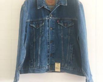 Vintage Levi's jeans jacket new with cartellink