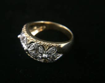14K yellow/white gold ring with diamonds, size 7, weight 5 grams