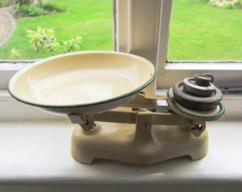 Vintage kitchen scales, vintage metal weighing scales, ceam weighing scales, kitchen scales, country kitchen, metal scales with weights