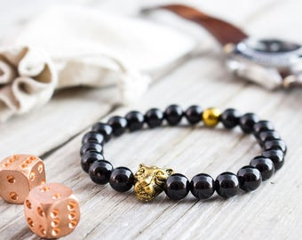 8mm - Black onyx beaded gold Leopard head stretchy bracelet with a gold plated hematite, mens bracelet, womens bracelet, black bead bracelet