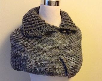 Gray, Grey, Gris Crochet Capelet