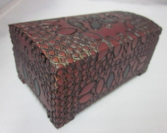 "Poland Folk Art Polish Wood Box Hinged Miniature 4"" by 2.25"" by 1.75"" Doll Dome Top Jewelry Trinket Treasure"