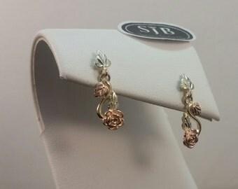 Black Hills Gold Earrings, 10k Flower Dangle Earrings, 10k Yellow Pink and Green Gold Dangle Earrings, 10k Black Hills Gold Jewelry, #SD557