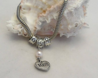 8 inch Antique Silver Euro Style Love Bracelet (1289)