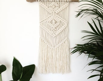 Macrame wall hanging, macrame, nursery, wedding, wall hanging, wall decor, wall art, rope hanging, bohemian, boho, wall mural, knot, UK, Hop