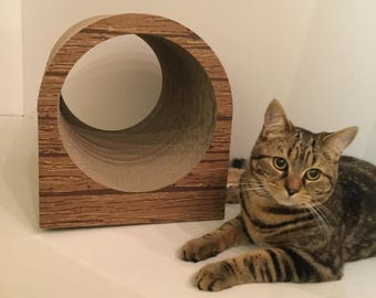 Latest cat scratching tunnel from Cheshire Cat Scratchers featuring our latest print finish.