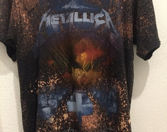 Vantege distressed band Metallica tee  S M and L abailable :)