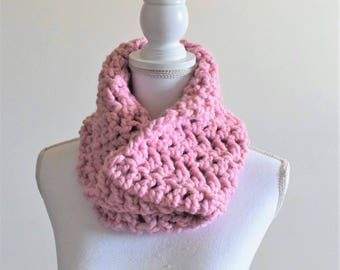 Chunky knit crochet cowl scarf ~ blossom ~ Trees & Arrows cowl