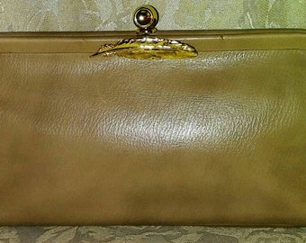 Vintage 1960's Park Lane Tan Faux Leather Clutch...REG. & Made in USA