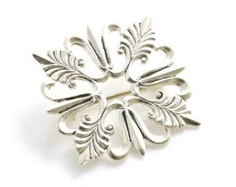 Pretty Vintage Sterling Silver 'Snowflake' Brooch