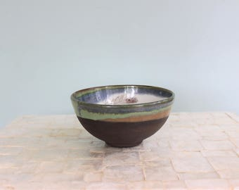 Perfect breakfast bowl | Dark chocolate stoneware bowl with peacock feather decal