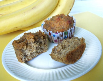 Grain Free Banana Muffins downloadable PDF or JPEG Eating Cleaner recipe file, gluten free muffin recipe, healthy dessert recipe