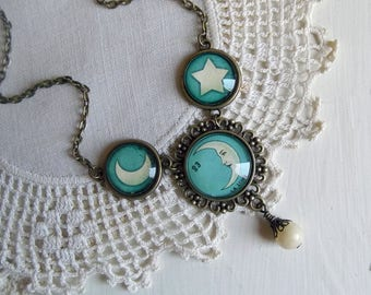 La Luna crescent moon necklace with moon and star accents