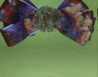 Sleeping Beauty hairbow with alligator clip