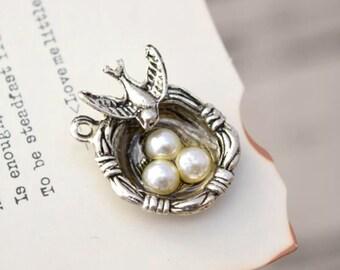 10 antique silver bird nest with eggs charms charm pendant pendants  (YY02)