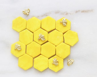 Bumble Bee Cupcake Toppers, Cupcake Toppers, Honey Comb Fondant Toppers
