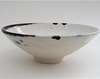 Handmade ceramic spot-the-bird bowl for soup, salad and dessert - handmade earthenware pottery