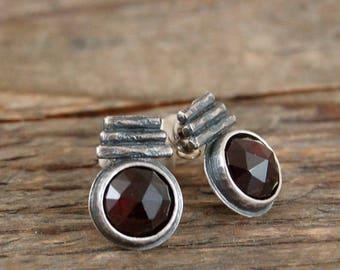 SALE 15% off !! - use the coupon code: SALE15 garnet silver  stud earrings, garnet studs, rough raw silver earrings
