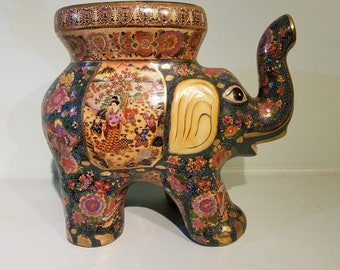 Chinese Elephant pedestal or side table in satsumi style