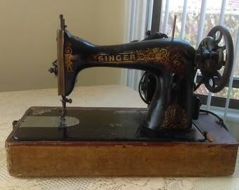 1917 Singer Sewing Machine