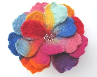 Felted flower,Felt flower,Flower brooch,Wool Jewelry, Felt Flower Pin, Wool Brooch, Gift for her, Handmade