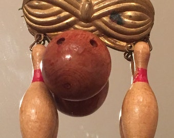Vintage Bowling Brooch or Pin