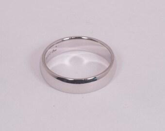 Platinum Wedding Band , Size 8.5