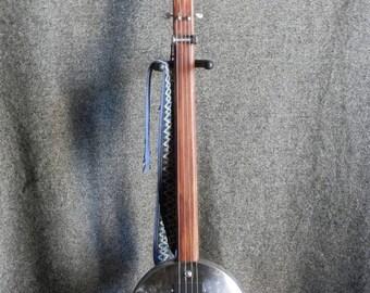 Hub-Cap Slide Guitar - BMW