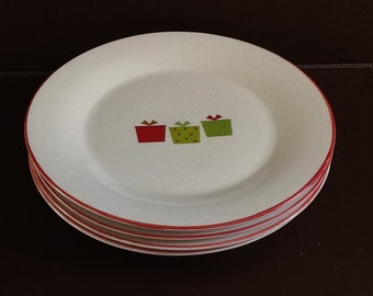 "Mayfair and Jackson ""Presents"" Set of Four Dinner Plates"