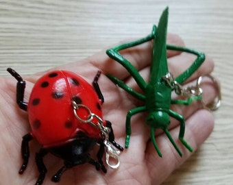 10 Pieces - Realistic 3D Insects Party Favor - Zipper Pulls