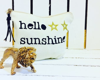 Hello Sunshine Zip purse