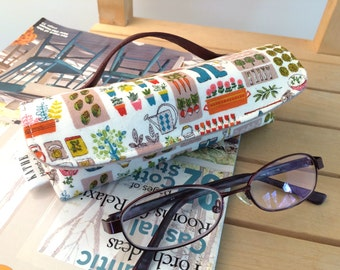 Gardens eyeglass hard case with handle strap