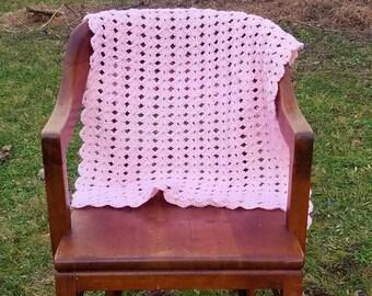 Crochet pink blanket, Girl baby blanket, Photo prop blanket, Pink lacy baby blanket, Baby shower gift, Pink shell blanket, Pink girl blanket