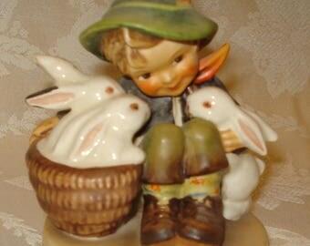 Hummel Figurine Playmates