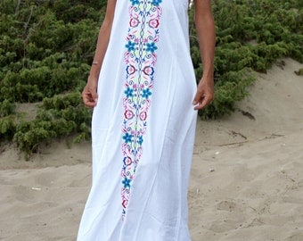 White Maxi Dress, Embroidered Maxi Dress,Halter Maxi Dress, Summer Maxi Dress, Size S, Boho, Hippie Gipsy Maxi Dress, Backless Maxi Dress