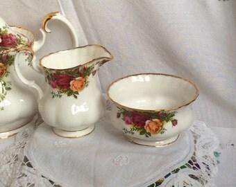 Royal Albert Old Country Roses, milk jug and sugar bowl, Christmas gift, gift for her, wedding,