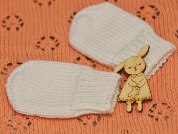 Knitting Pattern For Baby Mittens Without Thumb : Hand Knit Baby Mittens Baby Mittens Without Thumb. by FaynoKnit