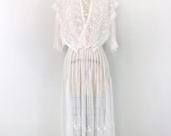 Antique 1900s 'Auguries Of Innocence' Edwardian White Work Embroidered Lawn Tea 2 Piece Dress Small/Medium