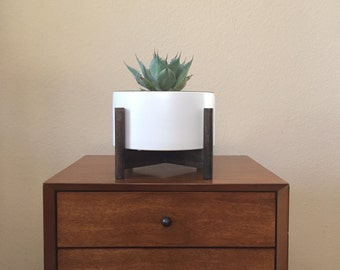 """Mid Century Planter with Wooden Stand 8"""" diameter"""