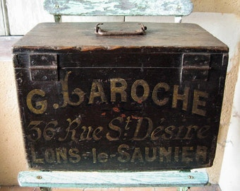 Old French workbox from the early 1900s