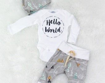 hello world/Baby boy/coming home outfit/ take home outfit/ organic cotton