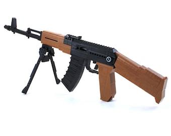 Ausini AK47, 617 piece Lego Compatible Block Gun Building Set