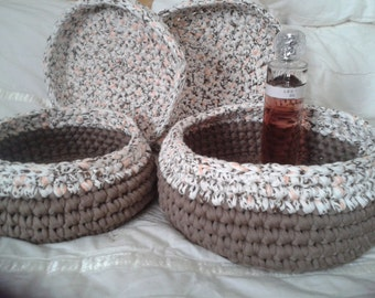 Trapillo with lid and handle baskets, lot of 2 units