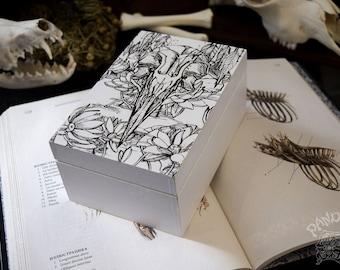 Box - Raven Skull