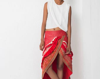 Skirt ruffle red leather