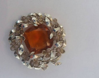 Art decco brooch with large amber stone has a few stones missing hence price see all pictures