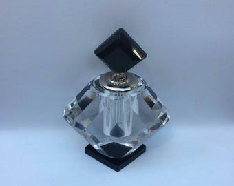 Stunning vintage art decco glass scent bottle in fantastic condition see pictures