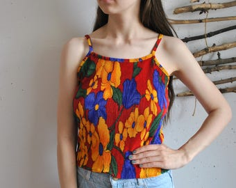 Vintage womens top 1990s 1980s colorfull abstrct figures print tank shirt