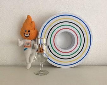 Olympische Spelen items: NL team knuffel, Olympiade 1972 glas, Marcel Wanders koektrommel collectables!!